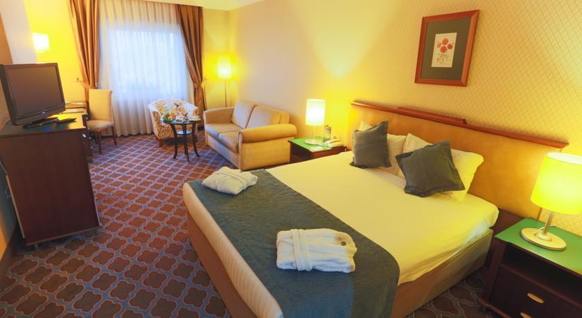The Green Park Hotel & Resorts Merter