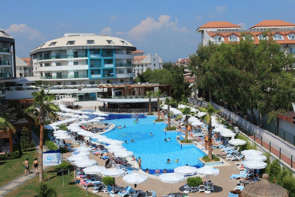 Seashell Resort & Spa Hotel