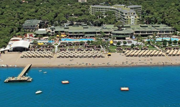 Maritim Pine Beach Resort Belek